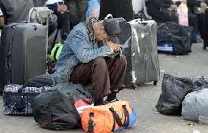 فلسطين | الهيئة المستقلة تطالب السلطات المصرية بتسهيل إجراءات عودة العالقين إلى قطاع غزة