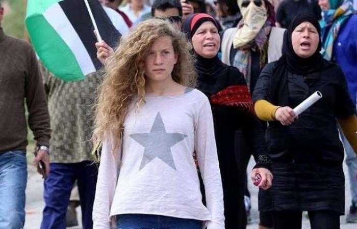 فلسطين | بعد توجيهها رسالة الى حسن نصرالله.. صورة: الاحتلال يهاجم عهد التميمي