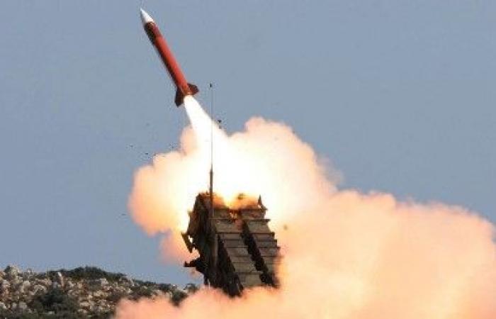 اليمن | التحالف يعلن اعتراض صاروخ باليستي جديد