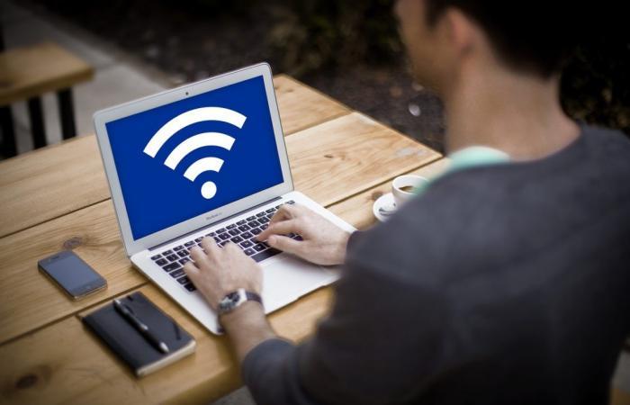 5 مخاطر وتهديدات أمنية تتعرض لها عند استخدام شبكات الواي فاي العامة