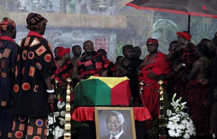 غانا تشيع أنان بجنازة وطنية