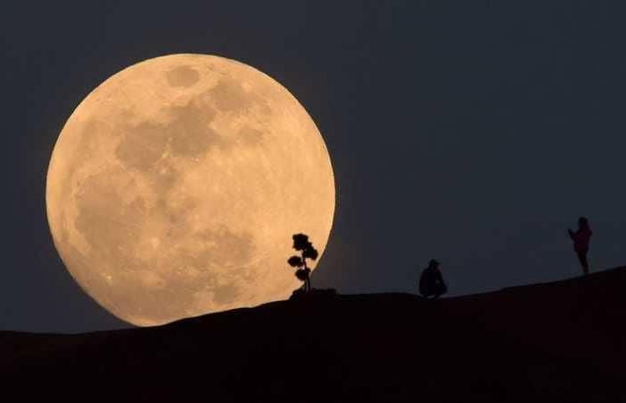 فلسطين | بعد 50 عاما.. تحول تاريخي برحلات السفر إلى القمر