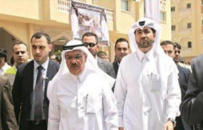 فلسطين   السفير القطري يصل غزة