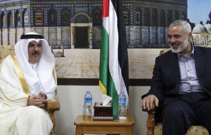 فلسطين | بعد لقائه الرئيس عباس في رام الله.. السفير العمادي يلتقي هنية في غزة