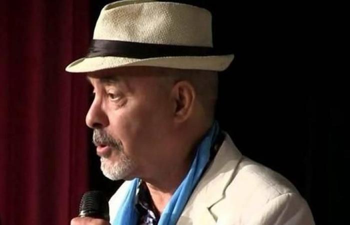 وفاة أهم مغني الموسيقى الأمازيغية بالجزائر إثر مرض عضال