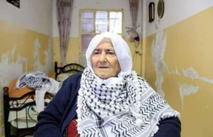 فلسطين   وفاة المناضلة عائشة عبيد بعد صراع مع المرض