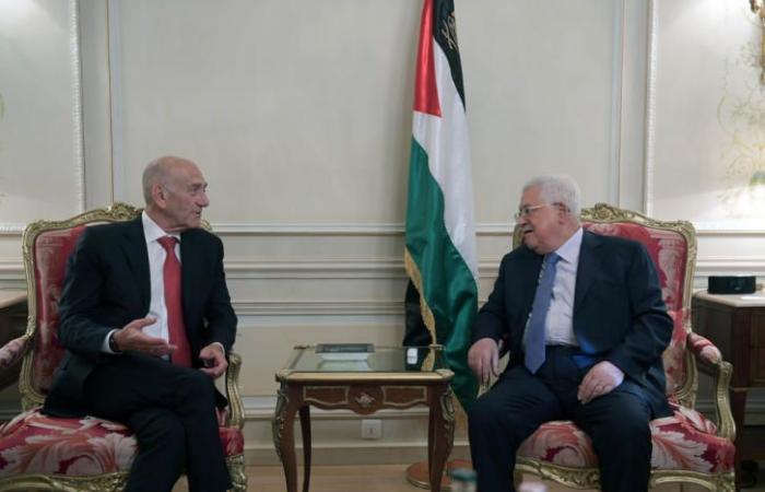 فلسطين | أولمرت بعد لقائه الرئيس : لا بديل عن حل الدولتين والرئيس عباس قائد سياسي عظيم