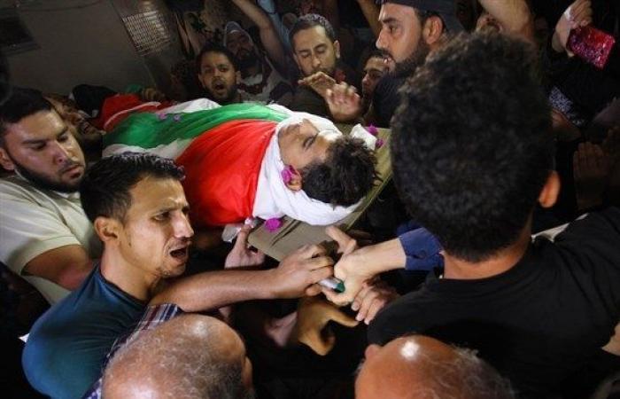 فلسطين | تشييع الشهيد كلّاب غرب غزة