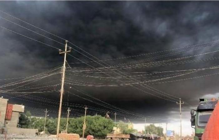 العراق   بالصور.. سحب من الدخان تغطي سماء البصرة