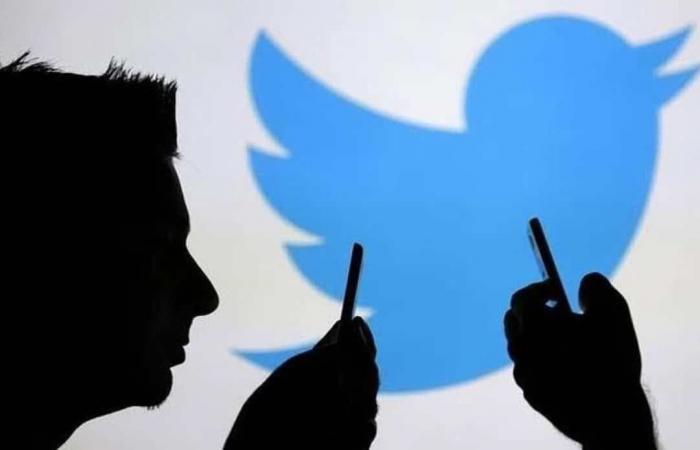 تويتر تحذر المستخدمين من تعرض الرسائل الخاصة للخطر