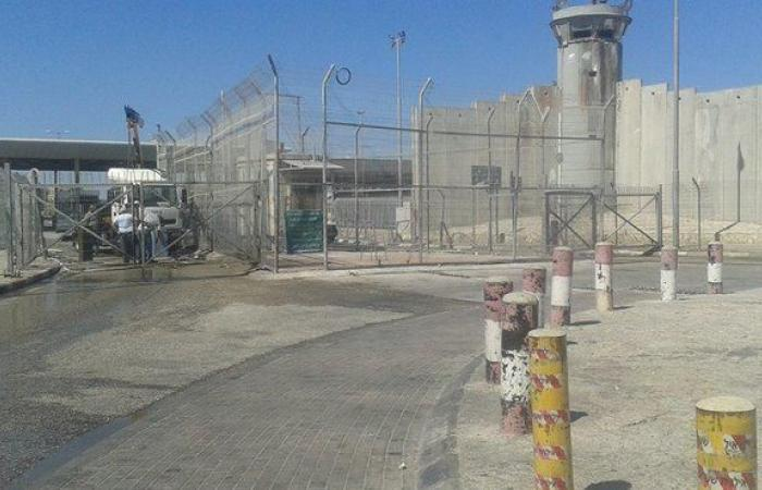 فلسطين   الاحتلال يفرض اغلاقا شاملا على الضفة وغزة لمدة 8 ايام