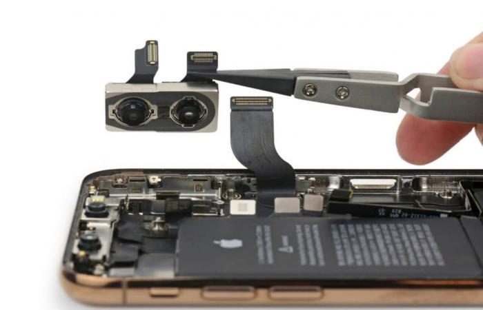 هواتف آيفون الجديدة تتضمن مكونات من إنتل وتوشيبا
