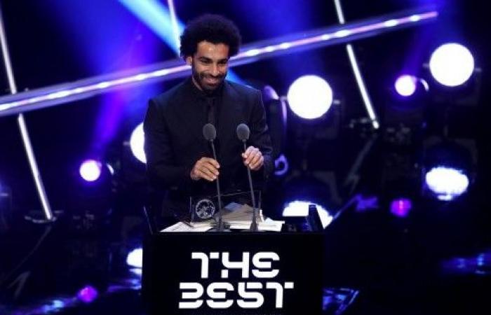 ديشامب مدرب العام.. وصلاح يتوج بجائزة بوشكاش