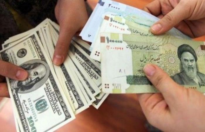 ايران تعتمد سياسات جديدة لادارة سوق الصرف