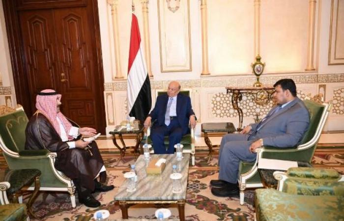 اليمن   «هادي» يطلب من «السعودية» دعما اقتصاديا طارئا ومشاريع في 6 محافظات يمنية