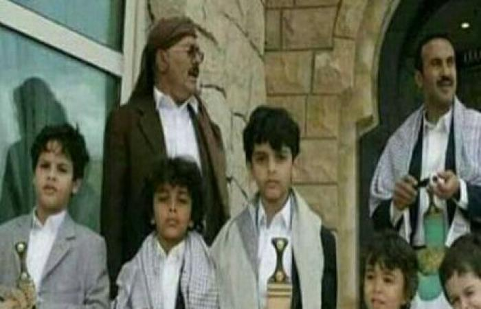 اليمن | الكشف عن السبب الرئيسي الذي دفع «المليشيا» لإفشال مهمة «الطائرة الأممية» لنقل أقارب «صالح»