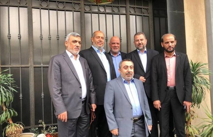 """فلسطين   صحيفة : """"حماس"""" تقبل بتأجيل حسم ملفات و""""حلحلة"""" في مواقف الحركة"""