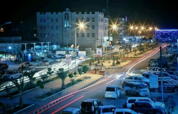 اليمن   «سلطات مأرب» تناقش زيادة 30% لمرتبات الموظفين