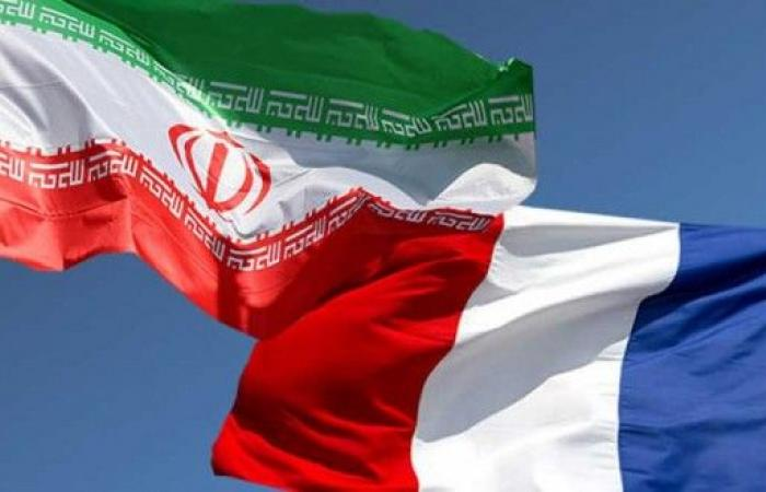 فرنسا تجمد أرصدة مالية تابعة لوزارة الاستخبارات الإيرانية