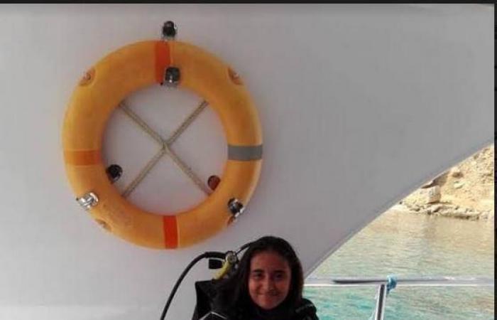 مصر | طفلة مصرية تبدأ أطول غطسة.. 55 ساعة لدخول التاريخ