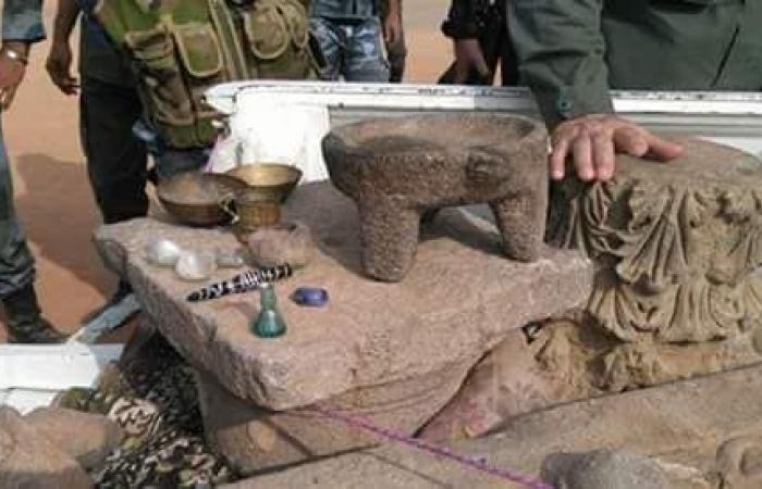 سوريا   إحباط محاولة لتهريب قطع أثرية ثمينة في درعا ( فيديو )