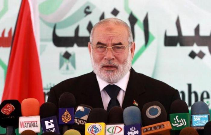 فلسطين   بحر : الرئيس عباس مغتصب للسلطة وقراره بحل التشريعي لا قيمة قانونية ودستورية له