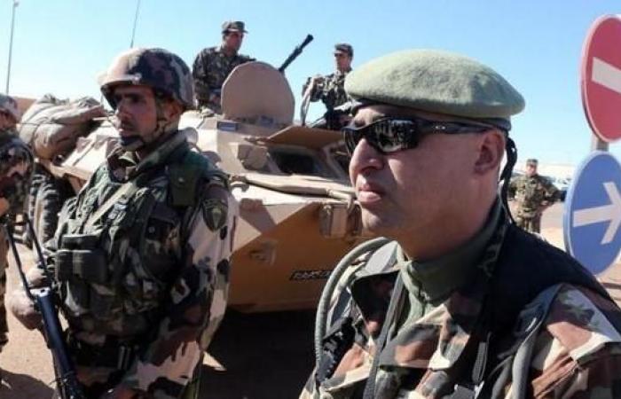 الجزائر..المحكمة العسكرية تحبس 5 من قادة الجيش احتياطيا