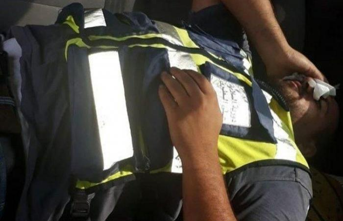 فلسطين | مجهولون يعتدون على ضابط دورية السلامة على الطرق في دورا الخليل
