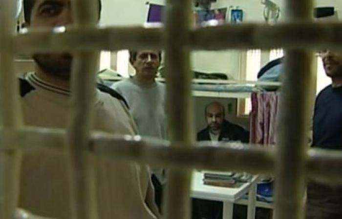 فلسطين   هيئة شؤون الأسرى توثق شهادات 5 منهم يعانون أوضاعا صحية صعبة