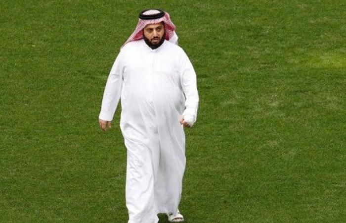 تركي آل الشيخ يتجه للعودة إلى الاستثمار في مصر