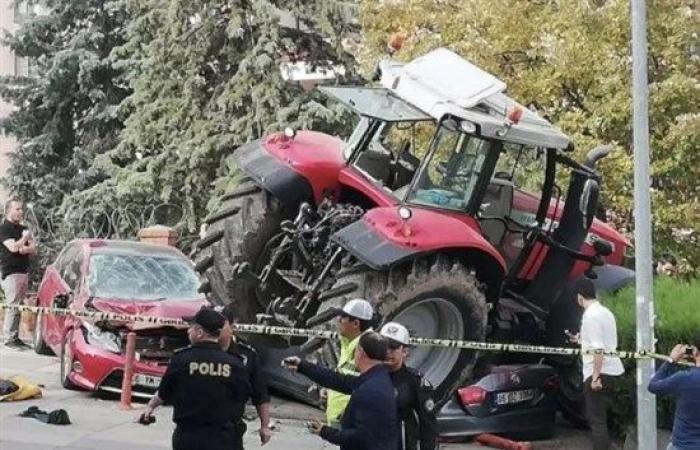 فلسطين   محاولة لاقتحام السفارة الإسرائيلية في أنقرة واطلاق النار على السائق