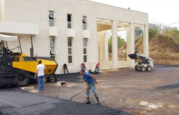 وزارة الاشغال أنجزت تزفيت طريق في البرج عكار