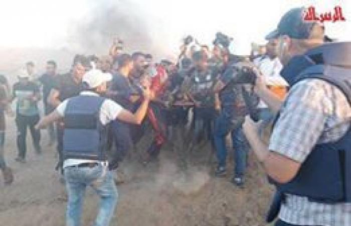 فلسطين | إصابتان برصاص قوات الاحتلال خلال مواجهات في شرق دير البلح وسط القطاع