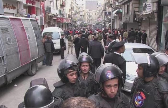 مصر | مصر تمدد حالة الطوارئ 3 أشهر