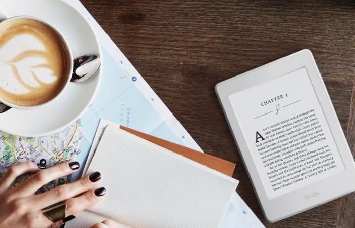 سوق دوت كوم يطلق النسخة الجديدة من أجهزة كيندل بيبر وايت