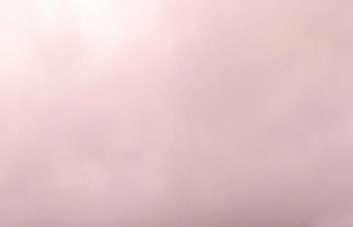 شاهد أمطار نجران.. ضباب يغطي القمم وأودية تسيل