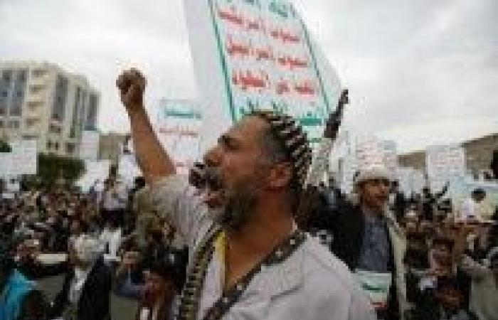 ايقاف الحرب باليمن .. الحكومة اليمنية مع «بناء الثقة» والحوثيون يسعون إلى «هدنة»