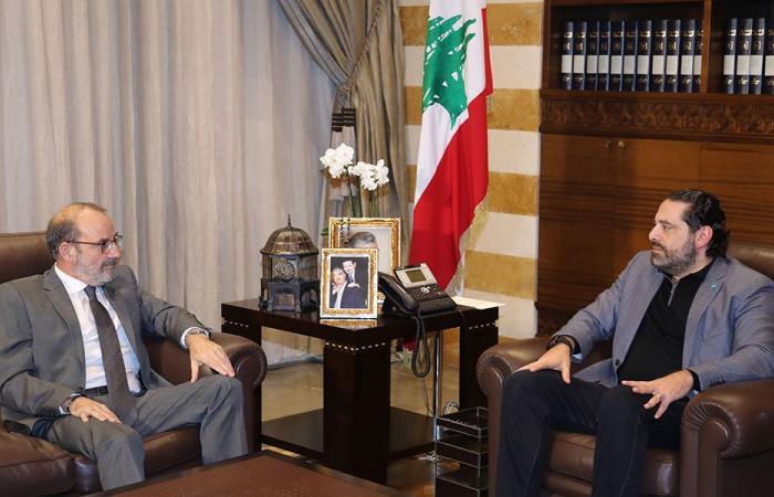 الحريري عرض مع الصراف أوضاع المؤسسة العسكرية