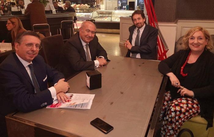 مخزومي من إيطاليا: لدعم لبنان من أجل حل أزمة النازحين