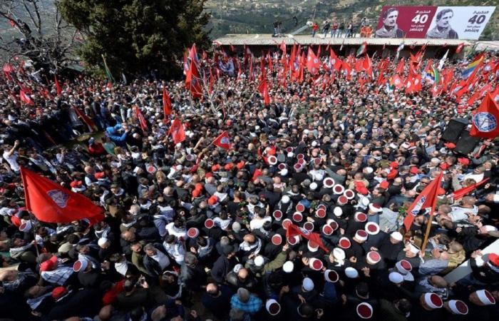 """خطة عاجلة من """"الاشتراكي"""": لوقف البواخر والتوظيف وتخفيض رواتب المسوؤلين"""