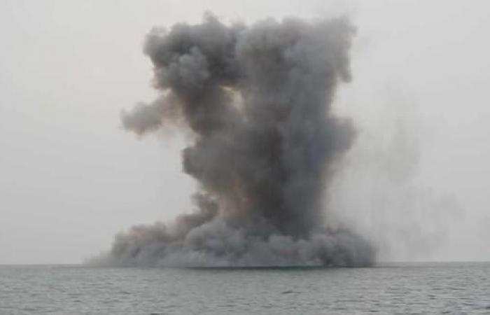 """الخليح   التحالف يدمر زورق حوثي """"شديد الإنفجار"""" في البحر الأحمر"""