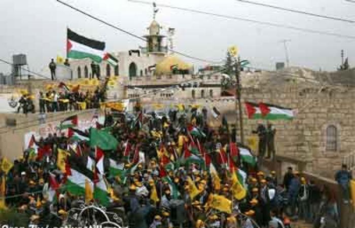 فلسطين | رام الله : إصابات بالاختناق في بلعين