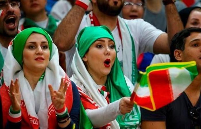 إيران   تصاعد الجدل حول تواجد الإيرانيات في ملاعب كرة القدم