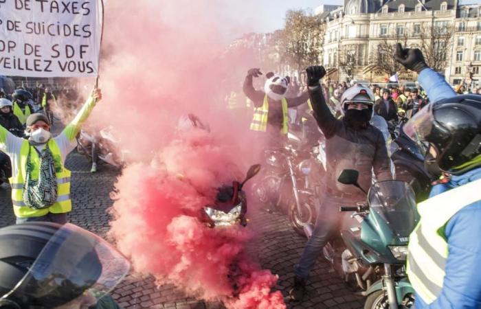 دولي | مئات الجرحى باحتجاجات فرنسا وشعبية ماكرون في انهيار