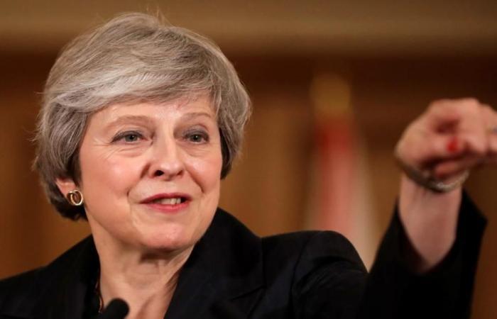 دولي | ماي تتمسك بخطتها للخروج من الاتحاد الأوروبي
