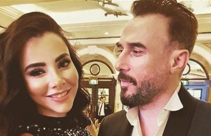 زوجة باسم مغنية تعايده بكلمات رومانسية.. هذا ما قالته! (صورة)