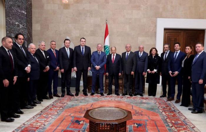 عون لوفد تجار بيروت: اجتماع بعبدا ضبط اللغط حول الواقع المالي للدولة