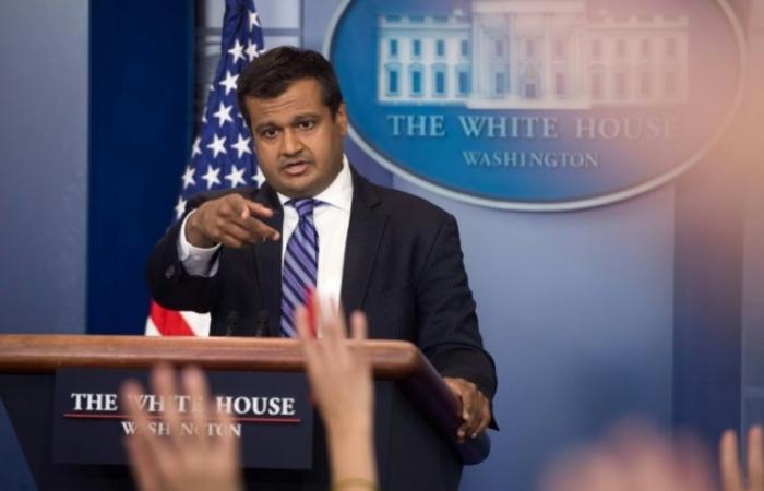 مساعد للمتحدثة باسم البيت الأبيض يستقيل من منصبه