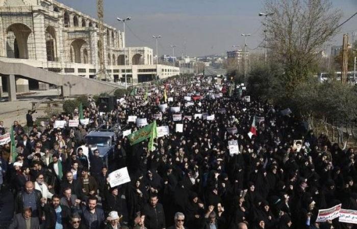 إيران: 9596 حركة احتجاجية في 142 مدينة العام الماضي