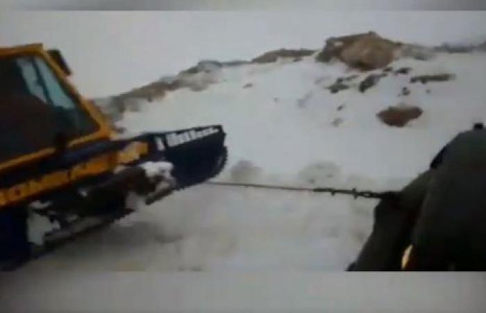 """بالفيديو: في ضهر البيدر… """"علقانين بالـOff Road"""""""